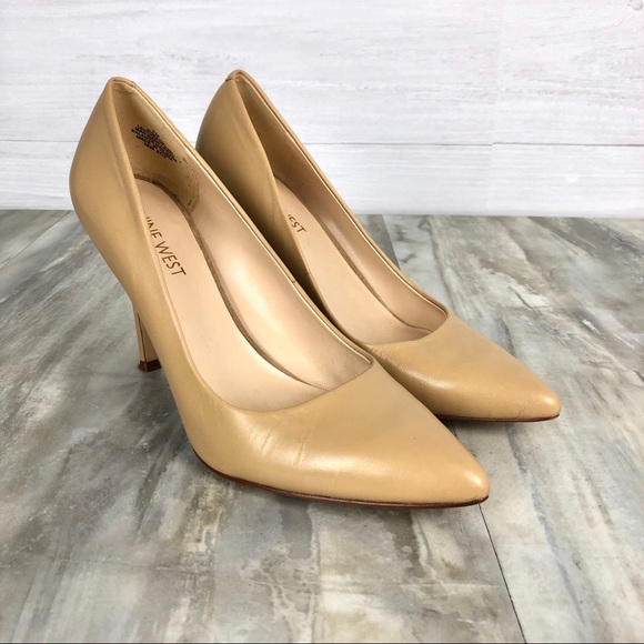 1146000192 Nine West Flax Pointed Toe Pumps 7. M_5c68c3db8ad2f919bbd2b352